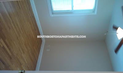 South Boston Nice 3-Bed 1-Bath Apartment on Transit Street Boston - $2,700