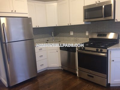 Roxbury Captivating 3 Beds 1 Bath Boston - $2,695 No Fee