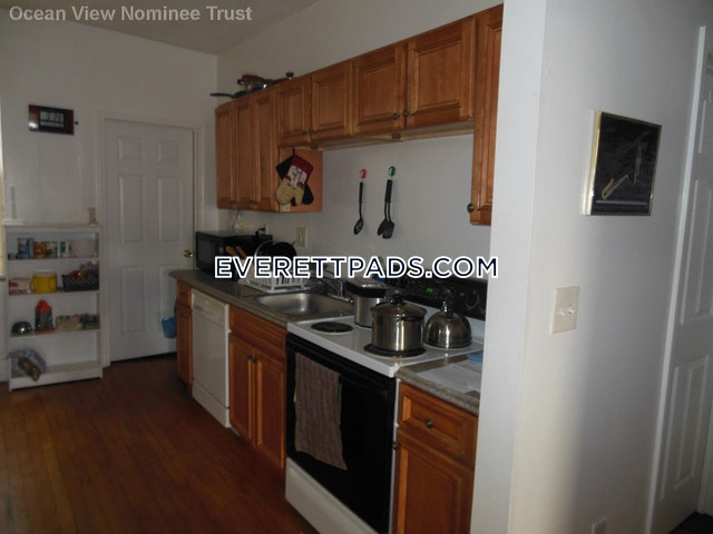 2 Beds 1 Bath - Everett $1,800