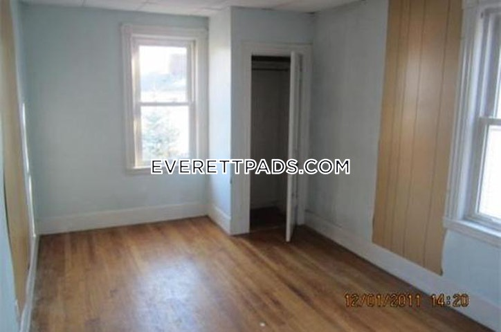 2 Beds 1 Bath - Everett $1,850