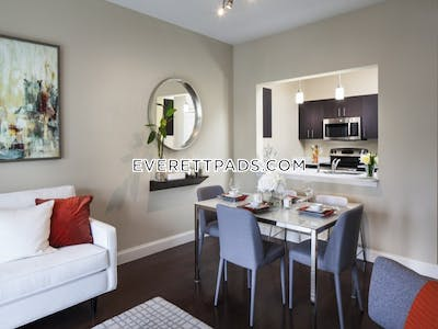 Everett Lovely 1 Bed 1 Bath - $1,775