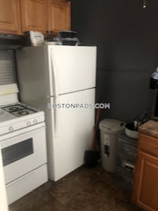 Lynn Lovely 1 Bed 1 Bath - $1,500